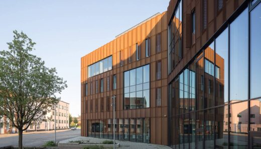Metropol ny facade