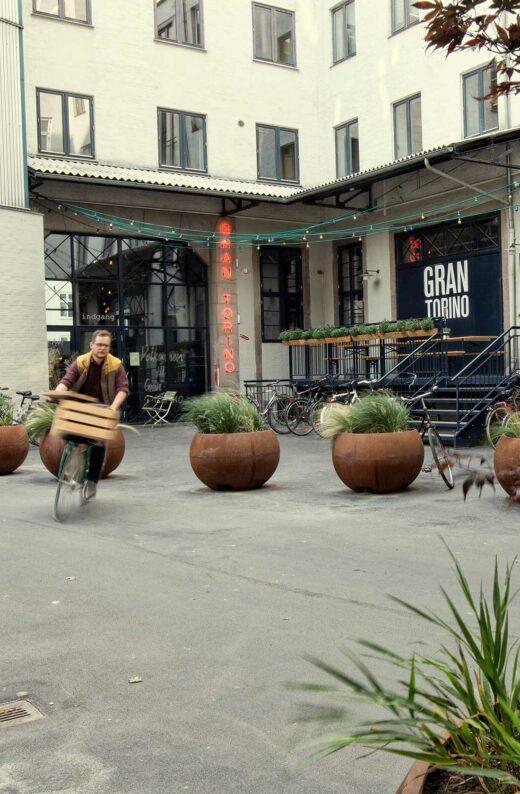 Irma-karreen Gran Torino og cykelbud