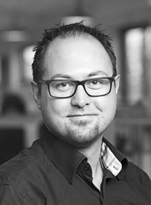 Mike Kjær
