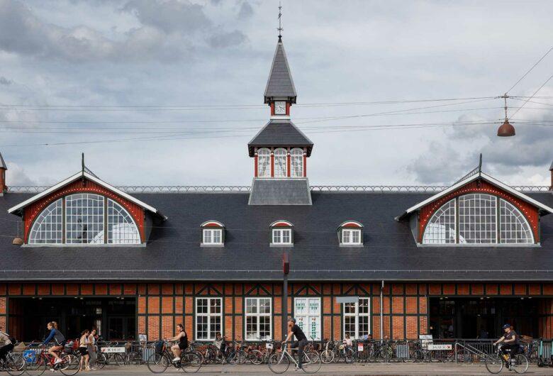 Østerport Station facade med tårn