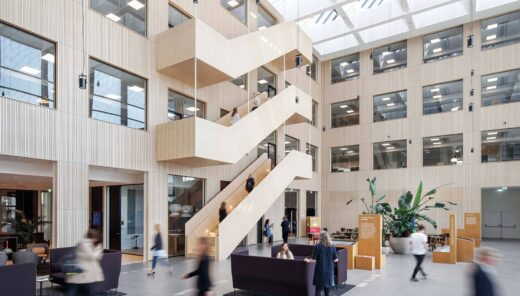 Sweco HQ atrium med trappe
