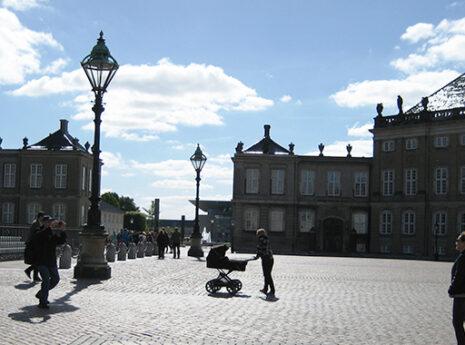 Hoffet kan se frem til tørre kældre på Amalienborg