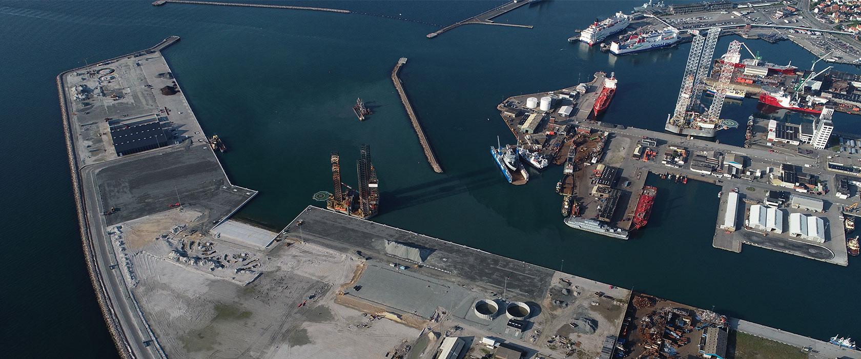Frederikshavn Havn oppefra
