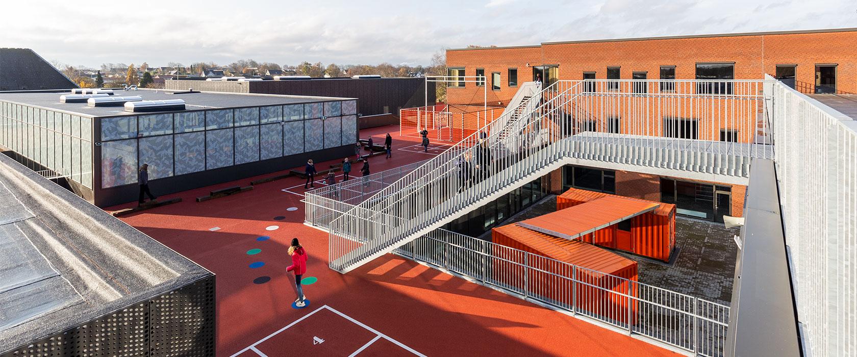 Lindbjergskolens tagareal